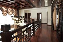 如何选择中式装修风格的别墅窗帘?
