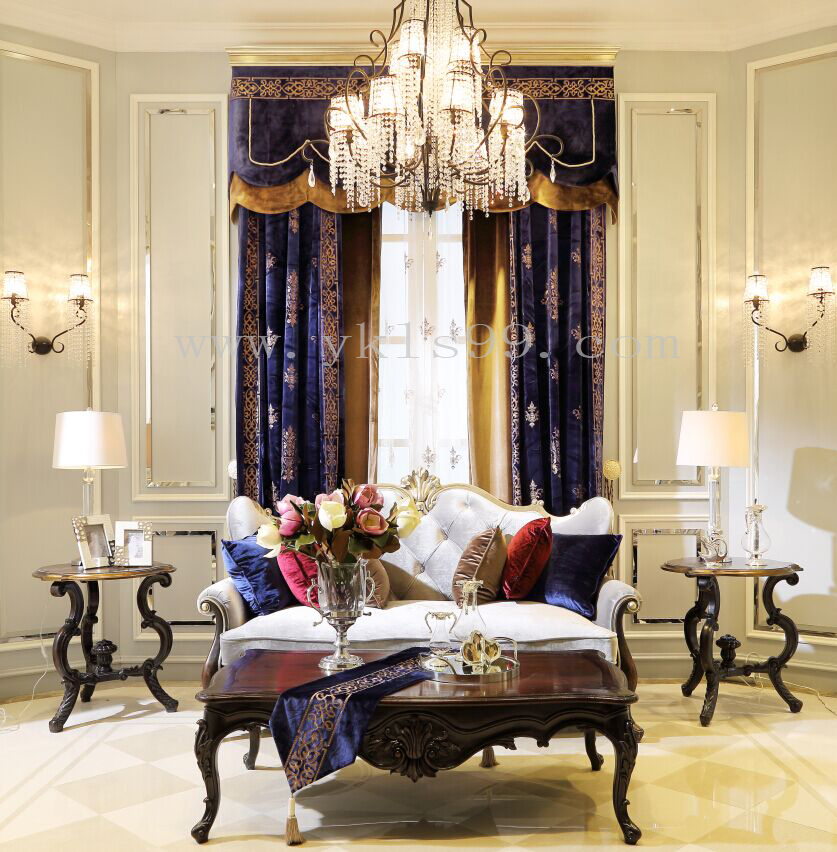 新古典风格绒布窗帘