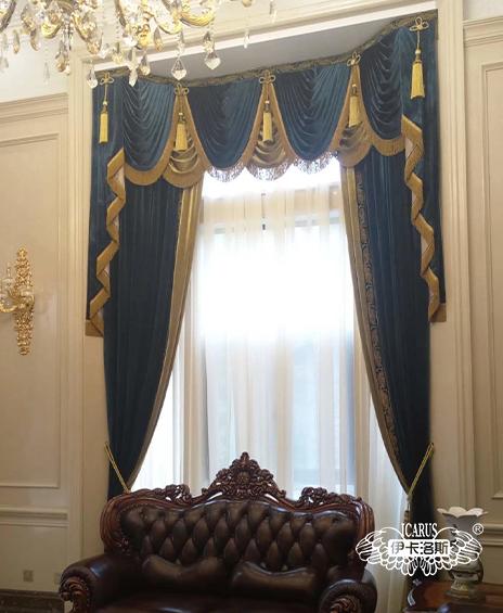 别墅欧式客厅高窗窗帘